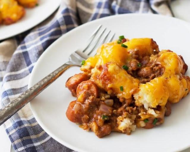 Tater Tot Chili Dog Casserole #dinner #recipe