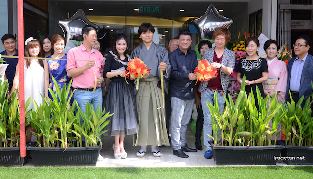 Founders, CEO, VIPs, and owners at the launch of TSUJIRI Damansara Uptown