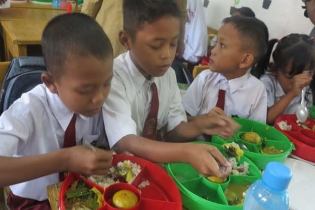 Prestasi Anak Dapat Diperbaiki dengan Gizi dan Lingkungan yang Baik
