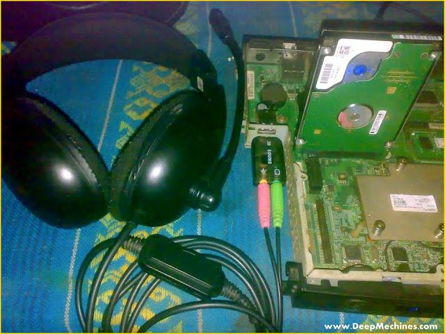 Gambar Perangkat Sound Card USB terpasang pada Desktop Komputer