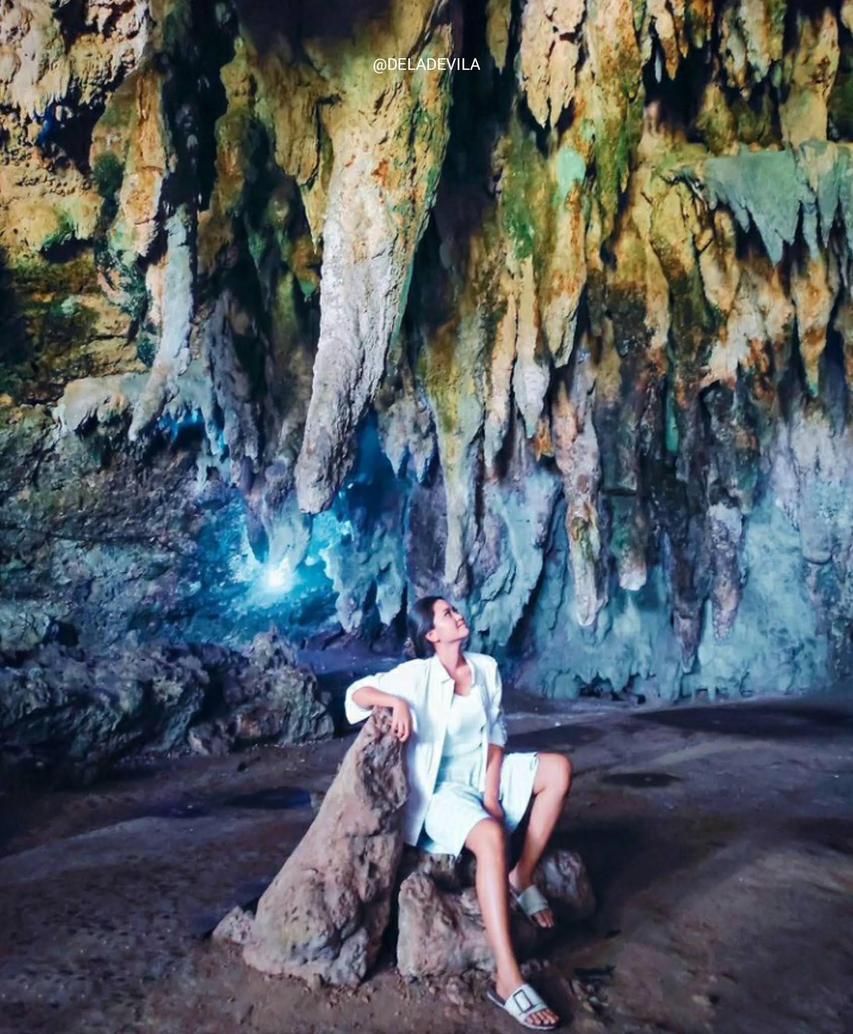 Destinasi tempat wisata Goa tabuhan di jawa timur