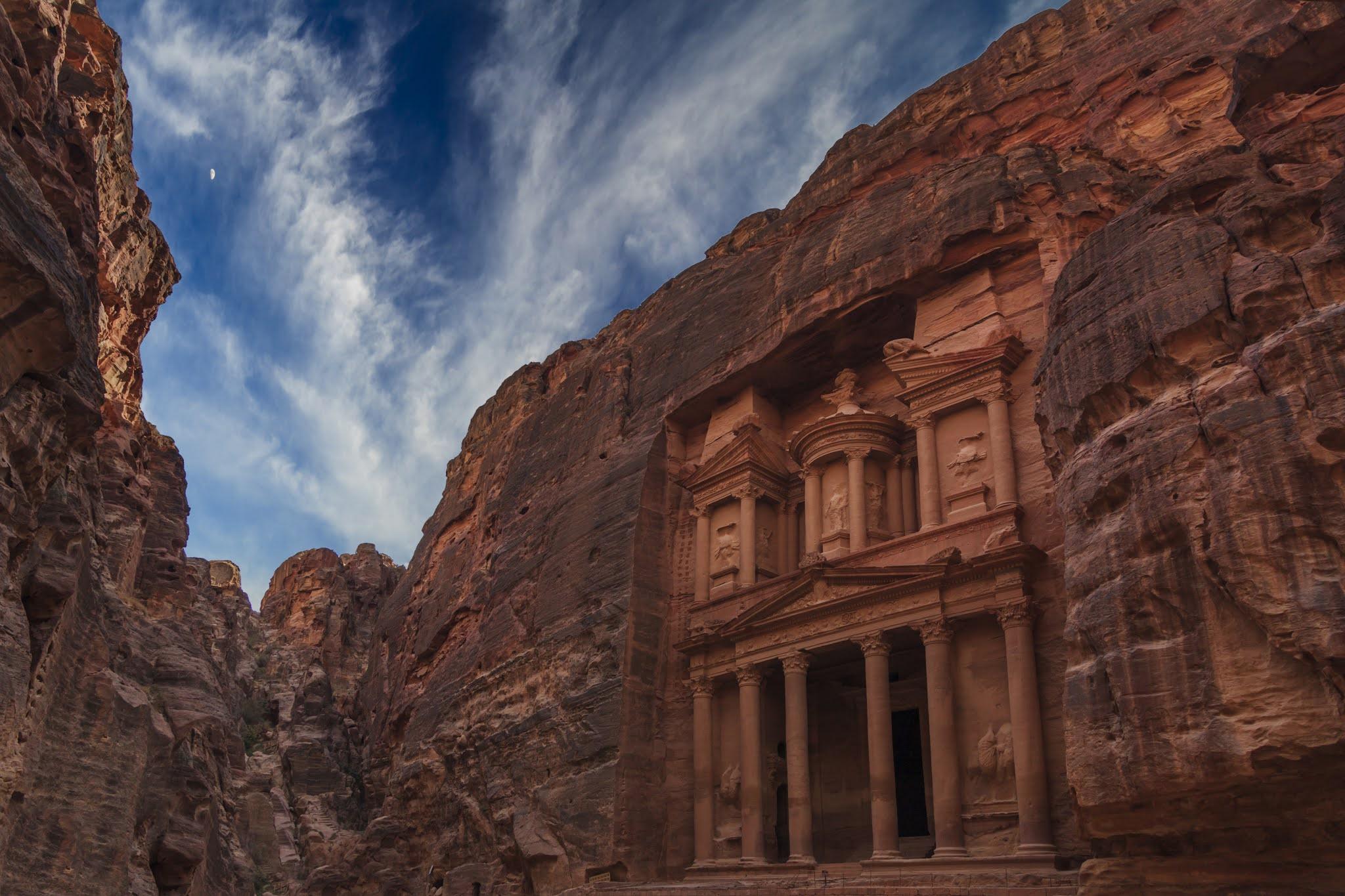 """الأردن تسلط الضوء على أبرز معالمها السياحية في """"سوق السفر العربي 2021"""" بدبي"""