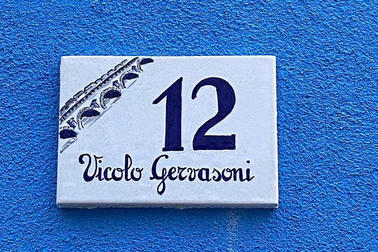 Borgo san Giuliano, il quartiere colorato di Rimini omaggio a Federico Fellini