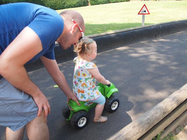 Godstone Farm, Surrey - Review - Ride on Runway