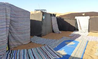 Noche en una jaima del desierto de Erg Chebbi.