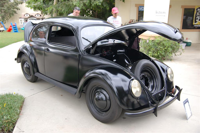 Your daily car fix: 1947 black beetle