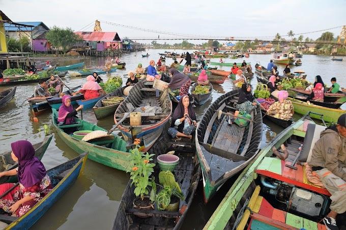 Menikmati Keindahan Pasar Terapung (Muara Kuin, Siring Banjarmasin & Lok Baintan) di Kalimantan Selatan