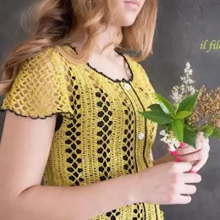 Camiseta Flora a Crochet