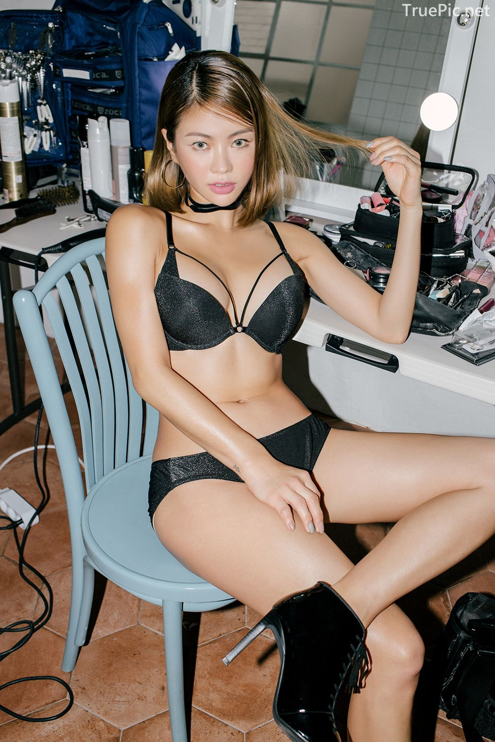 Korean model and fashion - An Seo Rin - Black Lingerie and Choker - Picture 2