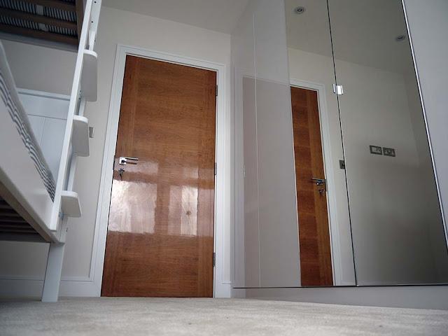 Cherry high gloss doors
