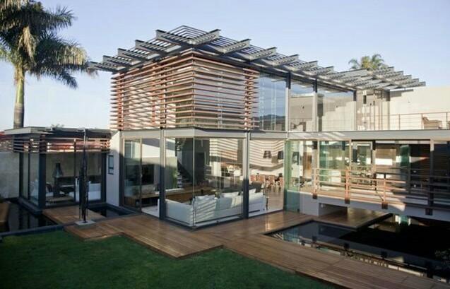 modern small glass house designs
