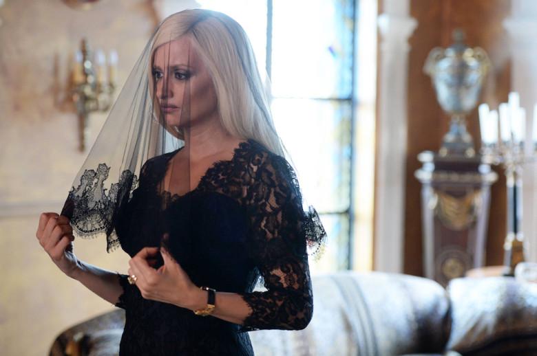 Pénelope Cruz como Donatella Versace en la finale de 'American Crime Story: Versace'