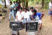 Satyam Movie Stills-thumbnail-8