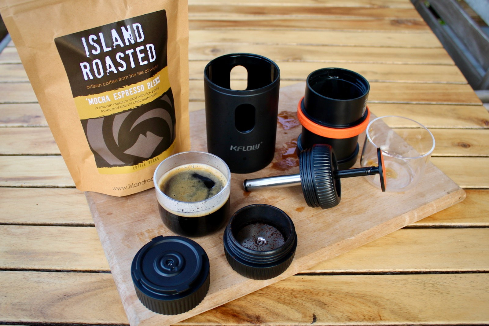 Review  – KFLOW Portable Travel Coffee Maker