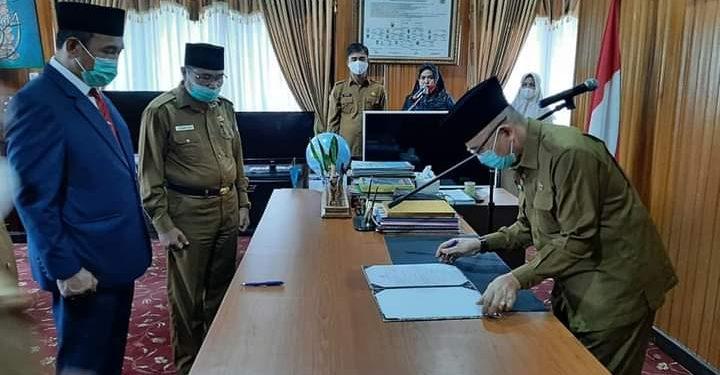 Bupati Adirozal Kembali Lantik Jabatan Pj Sekda Kerinci Asraf