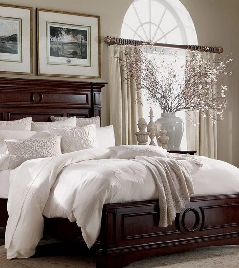 Lovely Romantic Master Bedroom Decorating Ideas