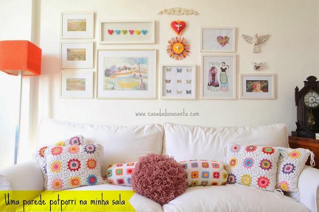 mix de quadros e artesanatos