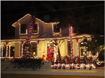 A mi manera ideas para adornar el exterior de la casa en - Adornar la casa en navidad ...