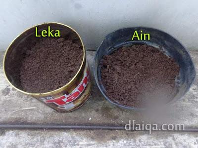 isi pot dengan tanah