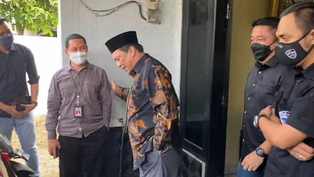 BREAKING NEWS! Yahya Waloni Ditangkap Polisi