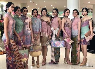 kebaya indonesia tradisional