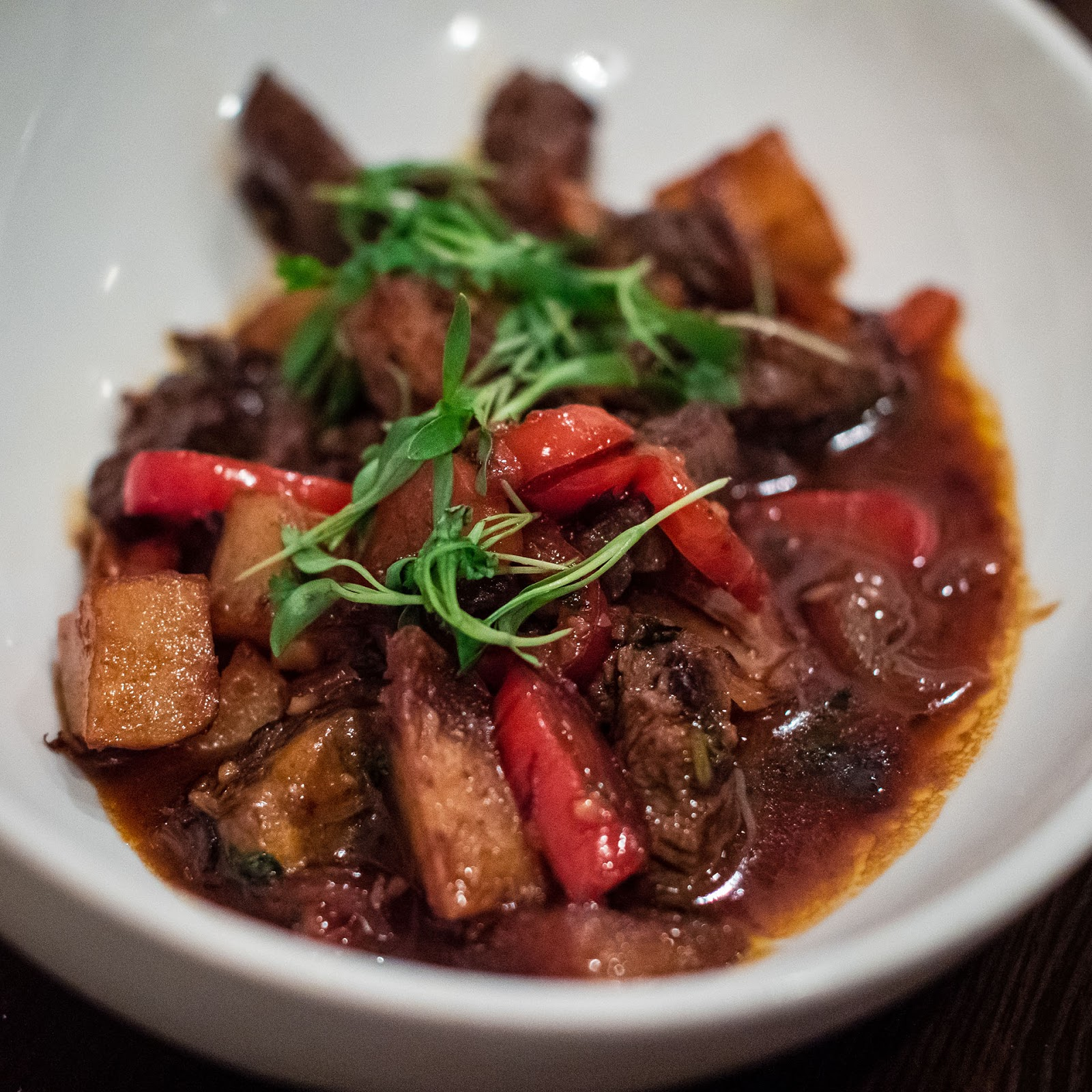 Lomo saltado at Mezon | Local Food Rocks