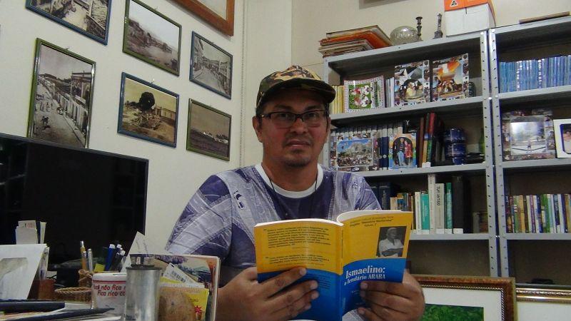 Historiador aguarda fim do isolamento social para lançar 2 novos livros