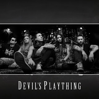 "H διασκευή των Liv Sin στο τραγούδι των Danzig ""Devil's Plaything"""