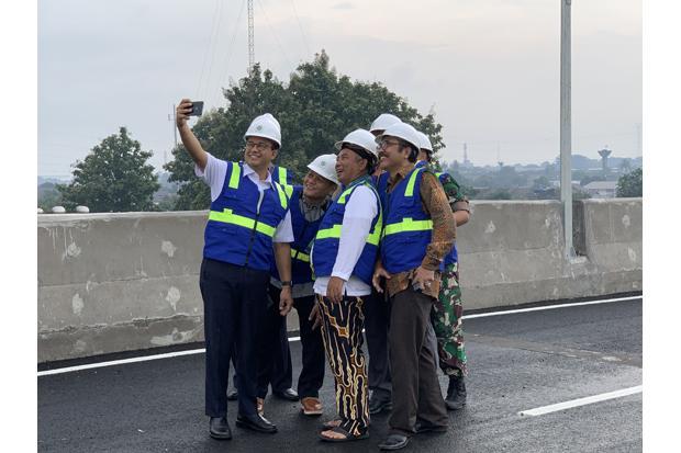 Anies Resmikan 2 Flyover di Bekasi Senilai Rp420 M, Gubernur Rasa Presiden?