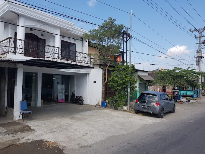 Ruko 2 Lantai Strategis Pinggir Ringroad Selaran depan Kampus Terpadu UAD Yogyakarta