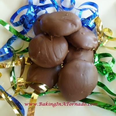 Homemade Peppermint Patties | featured on www.BakingInATornado.com | #recipe #candy