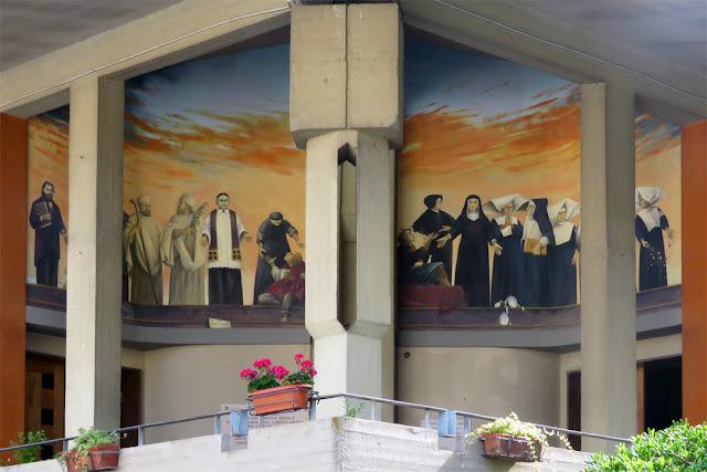 The facade of Saint Seton church, Piazza Giovanni Maria Lavagna, Livorno