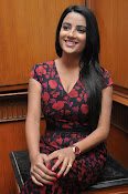 Jyothi Seth New sizzling photo shoot-thumbnail-3