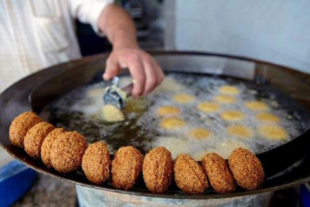 وصفة الفلافل الشامية  مع اسرار ( نجاحها وقرمشتها و لونها الذهبي)