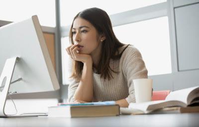 Terlihat Membosankan, Berikut 5 Kelebihan Kuliah Online yang Bisa Kamu Rasakan