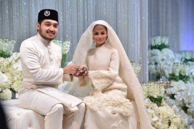 Veil Nikah Izara Aishah Di Intagram Di Puji,Di Facebook Di Keji