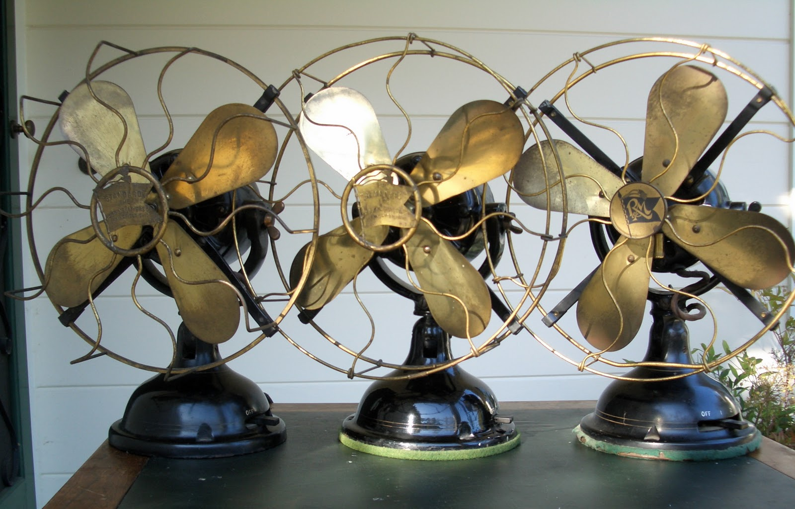 Vintage Looking Fan Early Electric Fans Robbins And Myers List 1404 Desk Fans