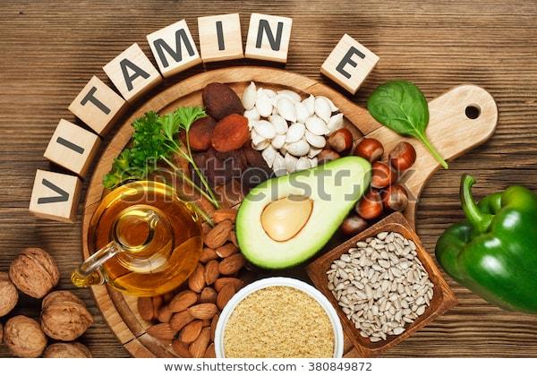 Vitamin E ke fayde, source aur nuksan in hindi - विटामिन ई के फाईदे, स्रोत और नुकसान हिंदी मे।