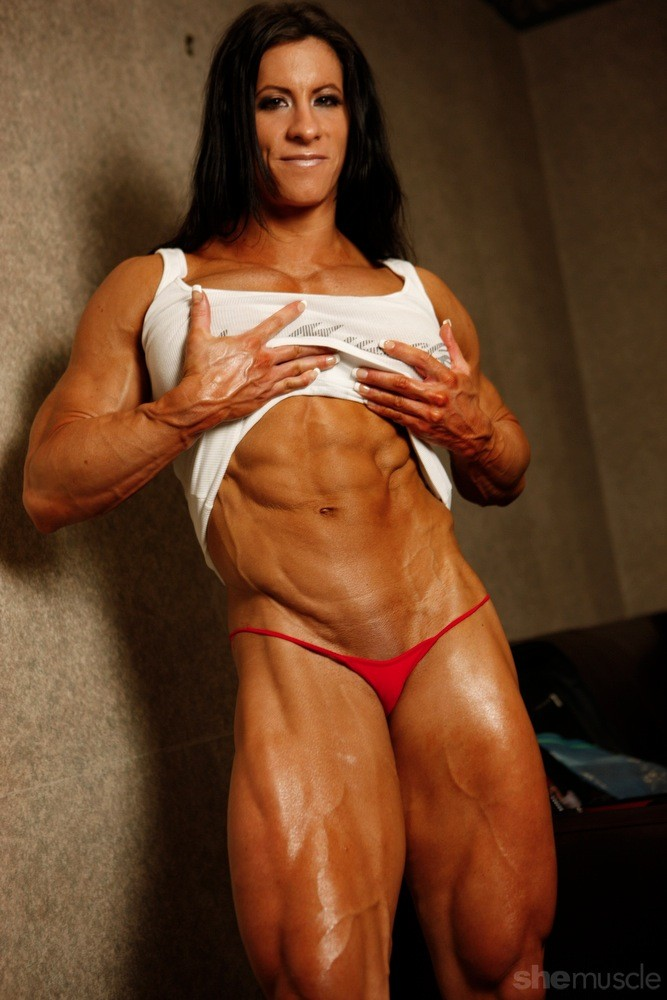 Female Bodybuilder Angela Salvagno - Photo by Shemuscle
