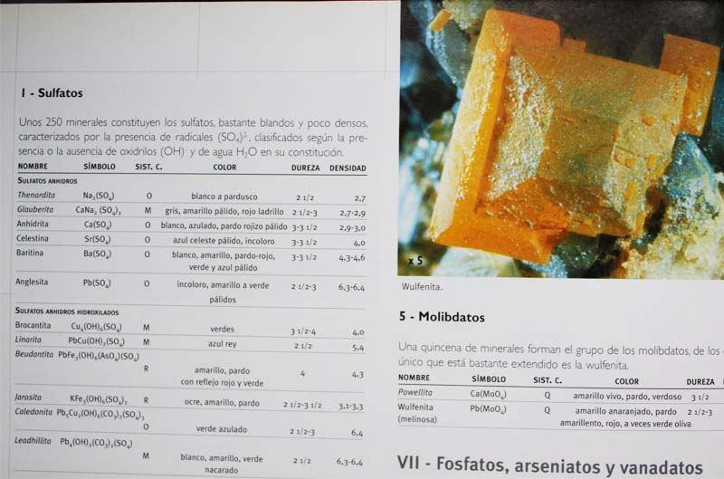 clasificacion cristaloquimica de los minerales - libro mineralia reseña