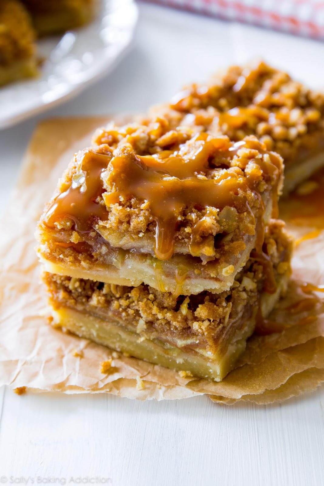 Salted Caramel Apple Pie Bars #apple #dessert #pumpkin #bars #caramel