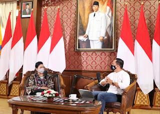 Ny Putri Koster Dalam Sesi Acara 'Mantra Hati dan Filsafat Bali'