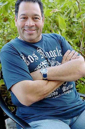 Foto de Tito Nieves sonriendo