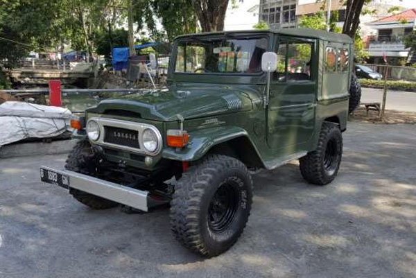 1964 Toyota Land Cruiser FJ40 Soft Top Original 1F Engine