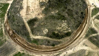 Ancient mound in Greece fuels heady speculation