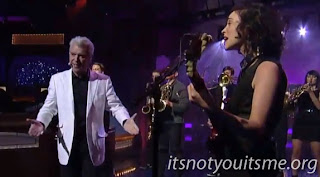 David Byrne & St. Vincent Bring The Band To Letterman