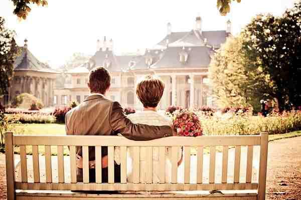 200 Ucapan Ulang Tahun Pernikahan Romantis Yang Membuat Hubungan