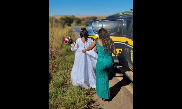 PRF socorre noiva que quase perdeu o casamento por estar com o carro quebrado na BR-020