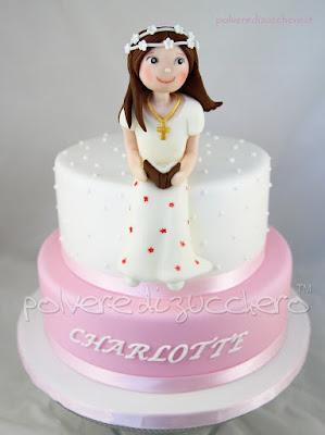 comunione torta decorata pasta di zucchero cake design polvere di zucchero