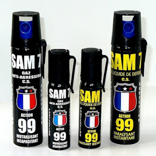 Conseil : Bombe lacrymogène, bombe au poivre. 2009062020252029fa